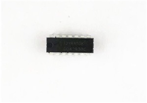 CD4093BE DIP-14 IC (QUAD 2-INPUT NAND GATE SCHMIDT TRIGGERS)