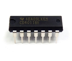 4011 Logic IC (Quad 2-input NAND gate)
